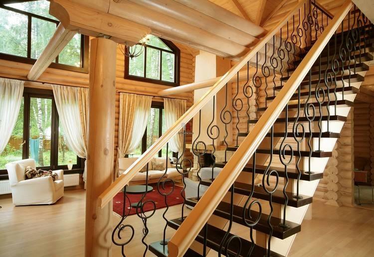 Мансардная лестница: выбор конструкции и монтаж