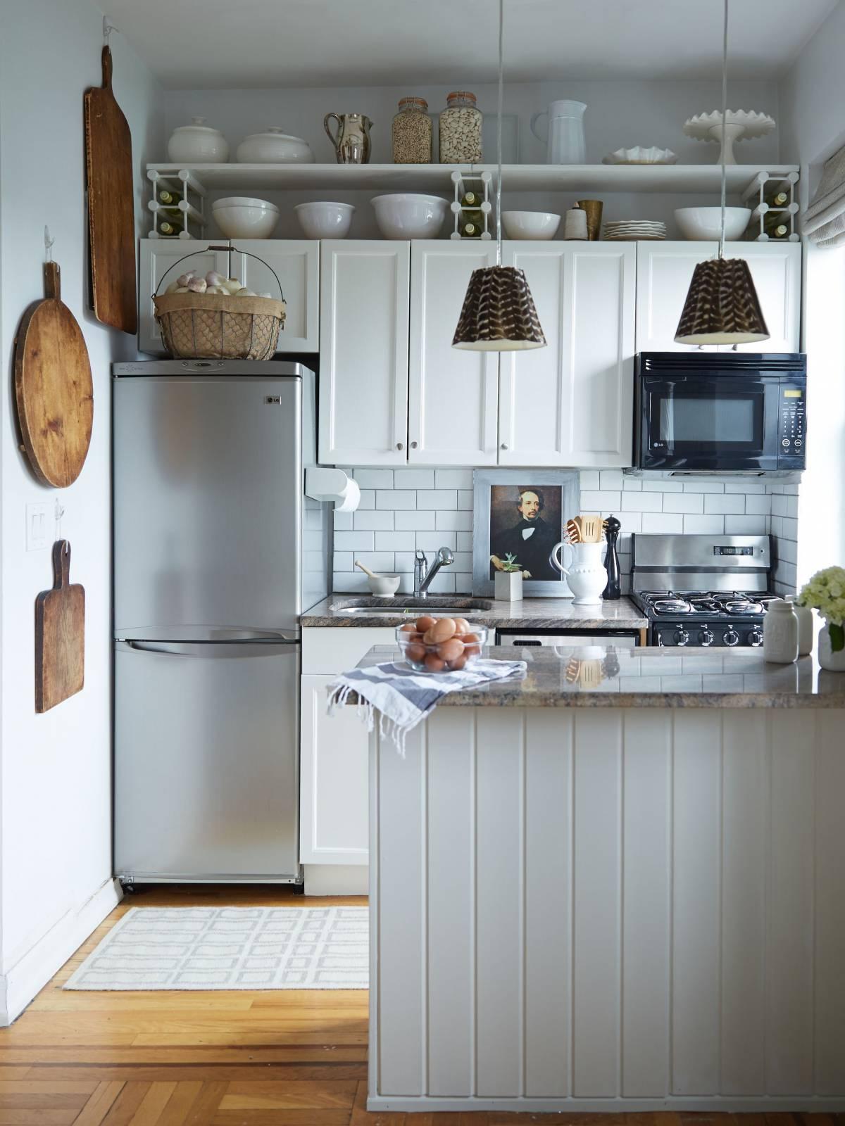 Выбираем модный и практичный фартук для белой кухни: Обзор и Советы