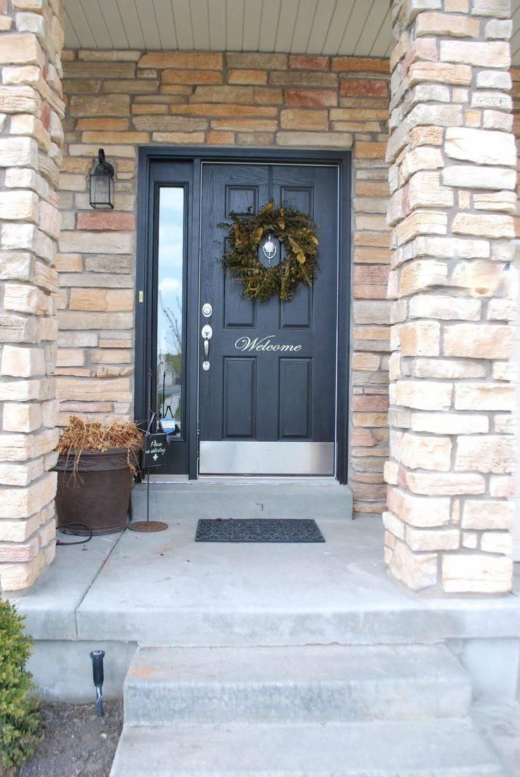 Входные двери в частный дом: фото, виды, материалы и как выбрать