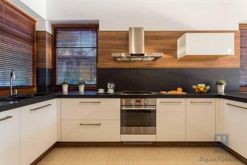 Кухня без верхних шкафов (69 фото): дизайн интерьера с угловым кухонным гарнитуром без навесных шкафов, маленькая кухня без верхних ящиков, белая кухня с нижними шкафчиками