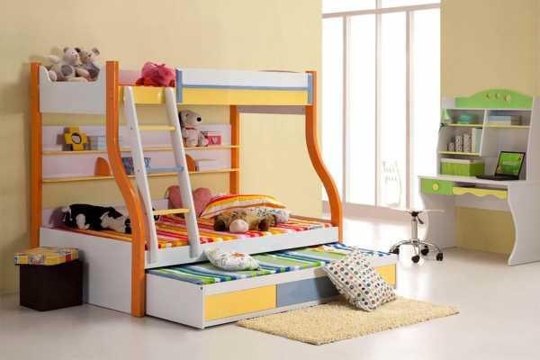 Двухъярусная кровать — в интерьере детской комнаты (100 фото идей)