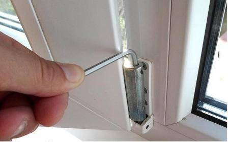 Как отрегулировать пластиковые окна своими руками