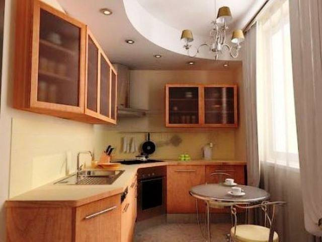 Какой потолок лучше сделать на кухне? три самых популярных варианта