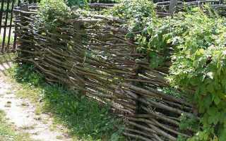 Плетеный деревянный забор: делаем ограду-плетень своими руками