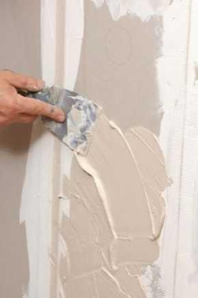 Как правильно шпаклевать стены: подробная пошаговая инструкция
