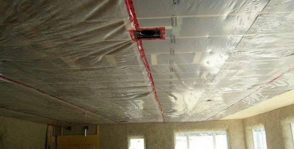 Пароизоляция потолка: 5 этапов работы по защите утеплителя от воды