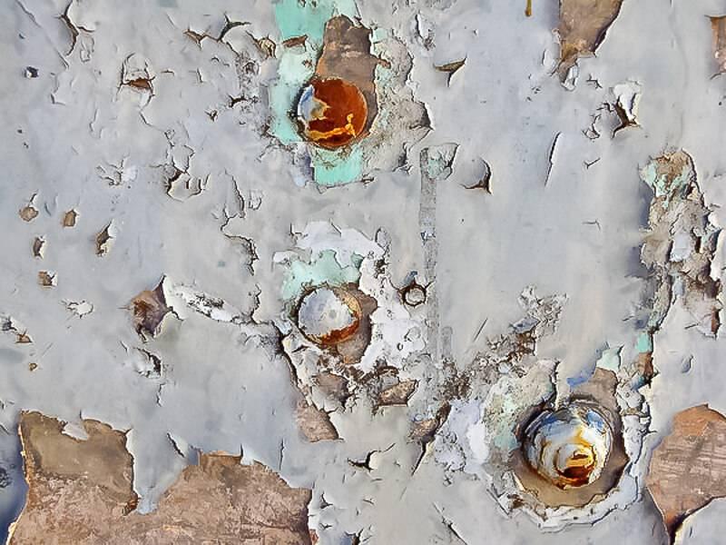 Как удалить старую краску с металла