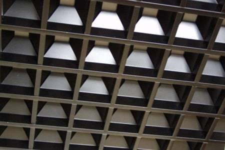 Потолок «Грильято»: преимущества и недостатки, тонкости монтажа
