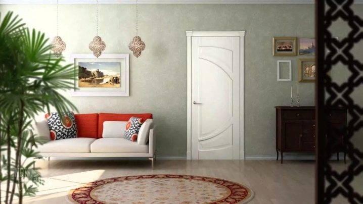 Чем покрыть дверь из массива: лаки, краски для нанесения защитного слоя