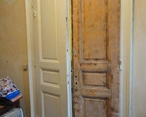 Секреты дверей из дерева, инструкции по восстановлению полотна входной группы, его покраски и декору