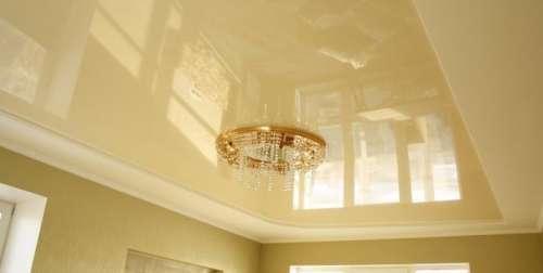 Как мыть натяжные потолки и какие средства лучше использовать?