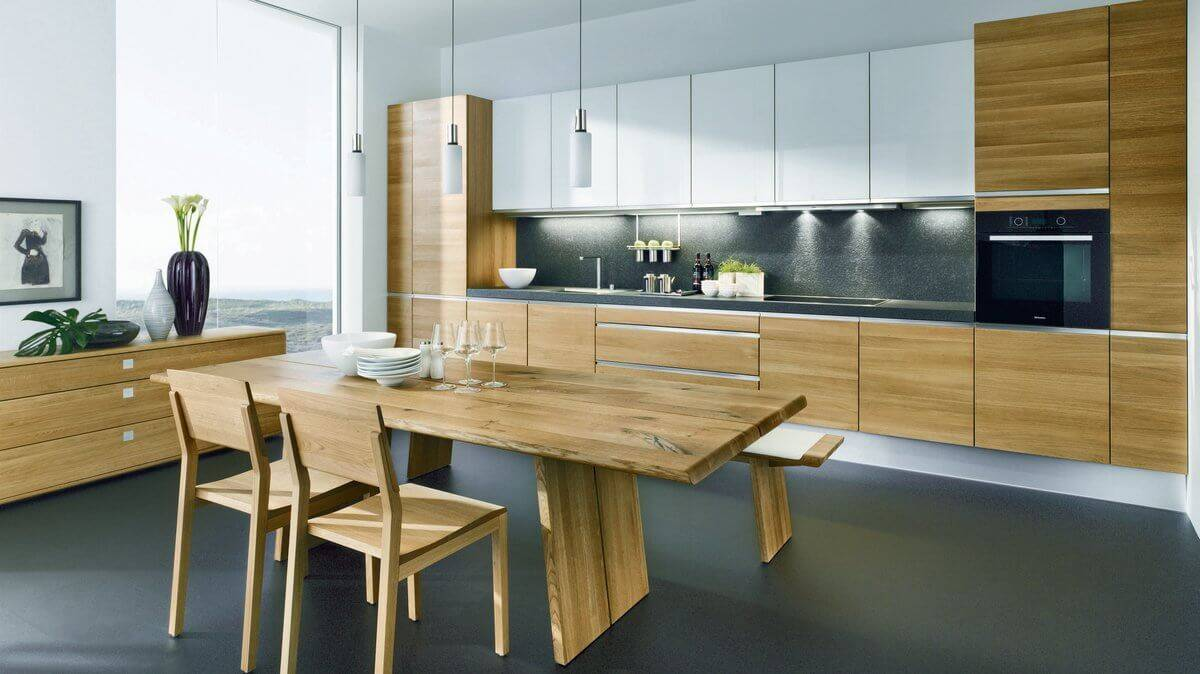 Цвета кухни с деревянной столешницей (56 фото): дизайн белой глянцевой кухни с фартуком и столешницей под дерево. особенности серой кухни