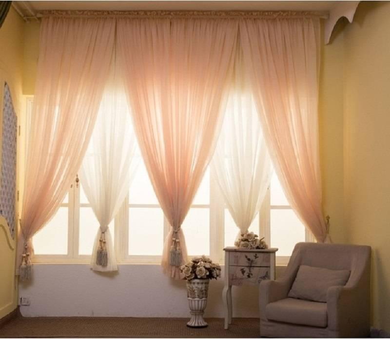 Тюль в спальню без штор в современном стиле - 30 фото