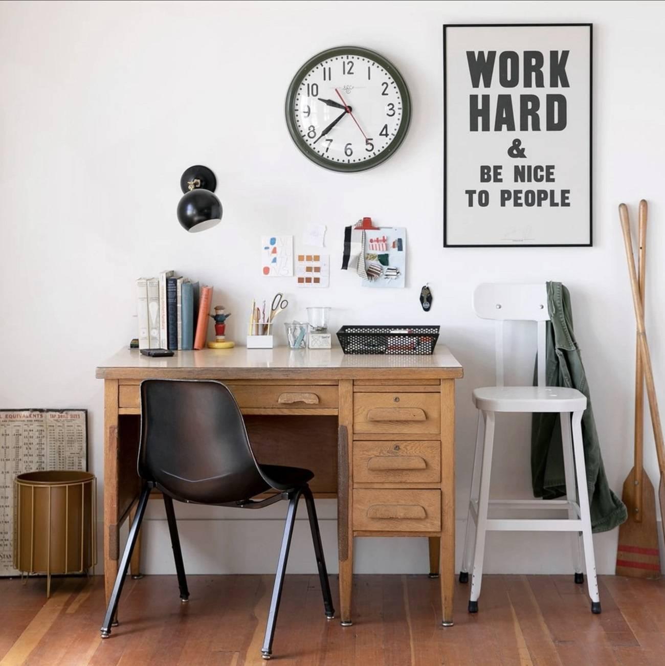55 идей дизайна рабочего места: у окна, в шкафу, детское рабочее место
