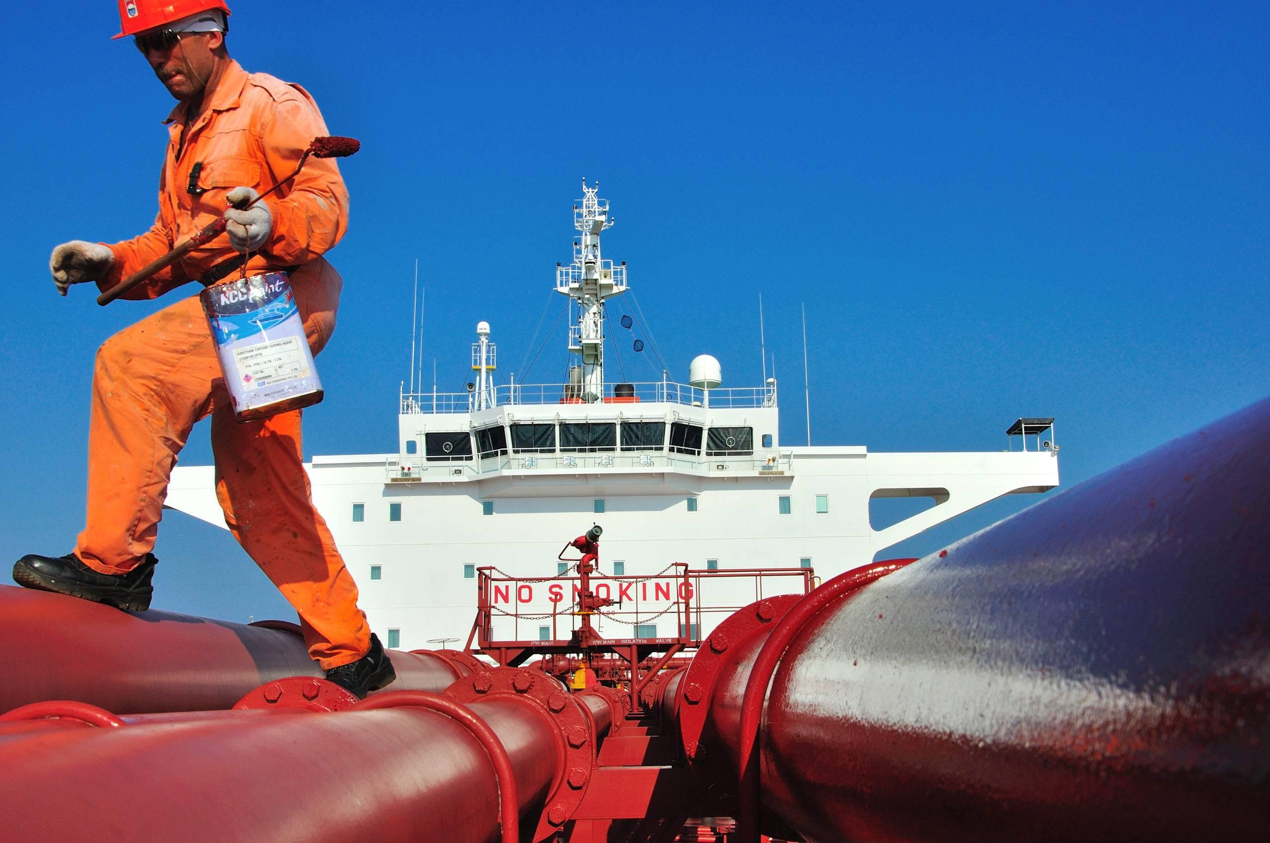 Как использовать эмаль xc-436 во время покраски судов