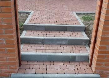Ступени из тротуарной плитки:укладка своими руками,проектирование,технология мощения на бетонное основание
