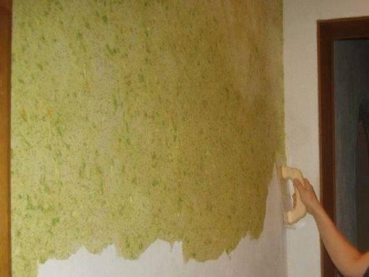 Шелковая штукатурка (57 фото): декоративная смесь с эффектом мокрого шелка, фактурные варианты под шелкографию в интерьере
