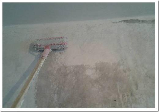 Нужно ли грунтовать стены перед шпаклевкой? как правильно наносить и требуется ли грунтование после финишной шпатлевки и между её слоями