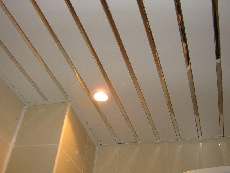 Зеркальные потолки в ванной комнате - различные типы, фото