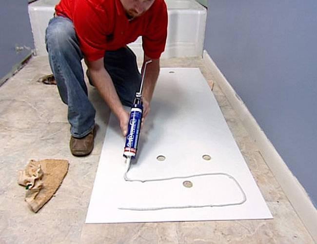Как крепить пвх-панели к стене в ванной? 67 фото монтаж стеновых панелей своими руками, установка и крепление к потолку