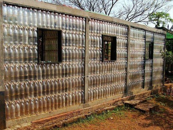 Поделки из пластиковых бутылок - 75 фото и видео мастер-класс постройки простых и полезных поделок