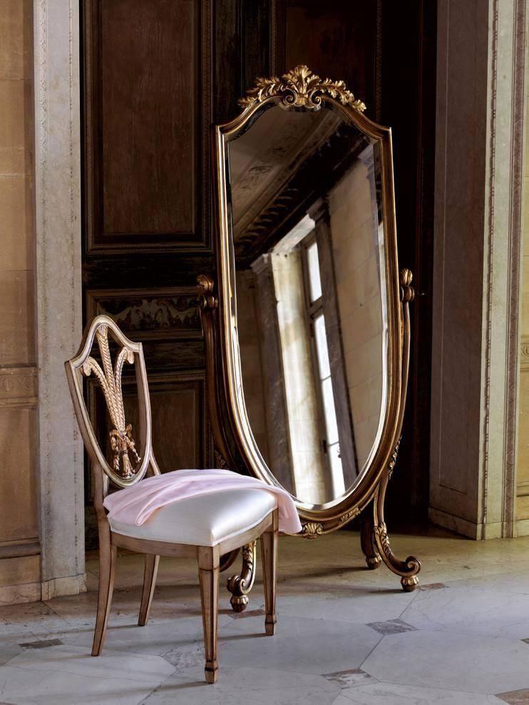 Напольное зеркало: красивые варианты в интерьере