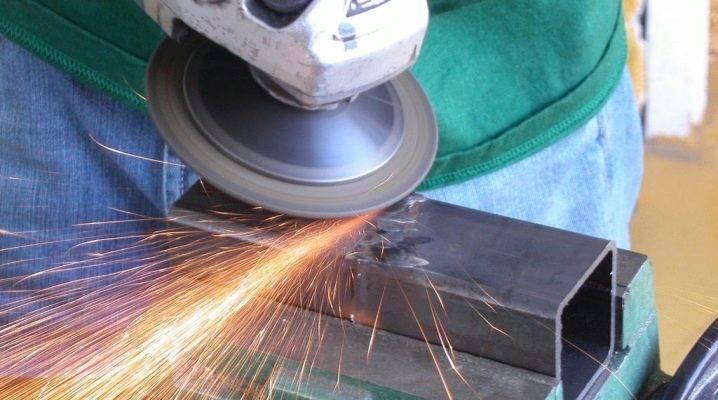 Как правильно шлифовать болгаркой: дерево, бетон, металл