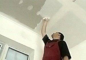 Как шпаклевать потолок из гипсокартона под покраску: видео и методы