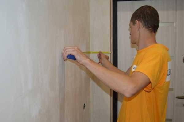 Как клеить виниловые обои на флизелиновой основе: пошаговая инструкция