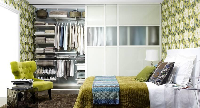 Выбираем зеркальные двери в гардеробную комнату