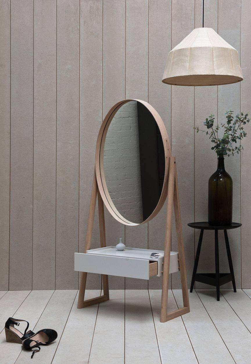 Настенное зеркало (62 фото): декоративные круглые и овальные модели на стену, необычные большие дизайнерские изделия