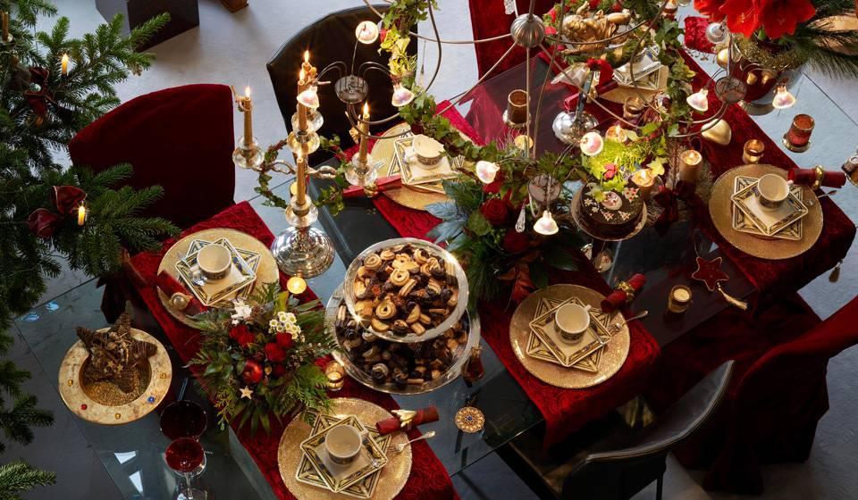 Как накрыть новогодний стол?