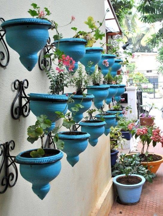 Бетонные уличные вазоны для цветов: как изготовить, установить и ухаживать