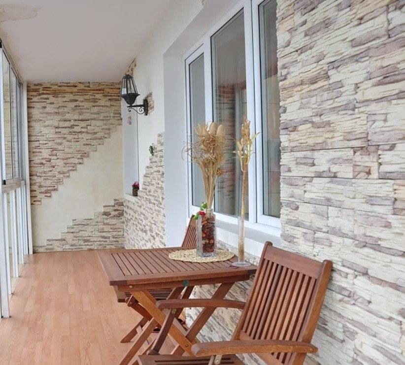 Отделка балкона камнем - разнообразные варианты отделки и украшения балконов и лоджий