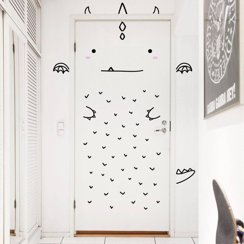 100 лучших идей: декор двери своими руками на фото