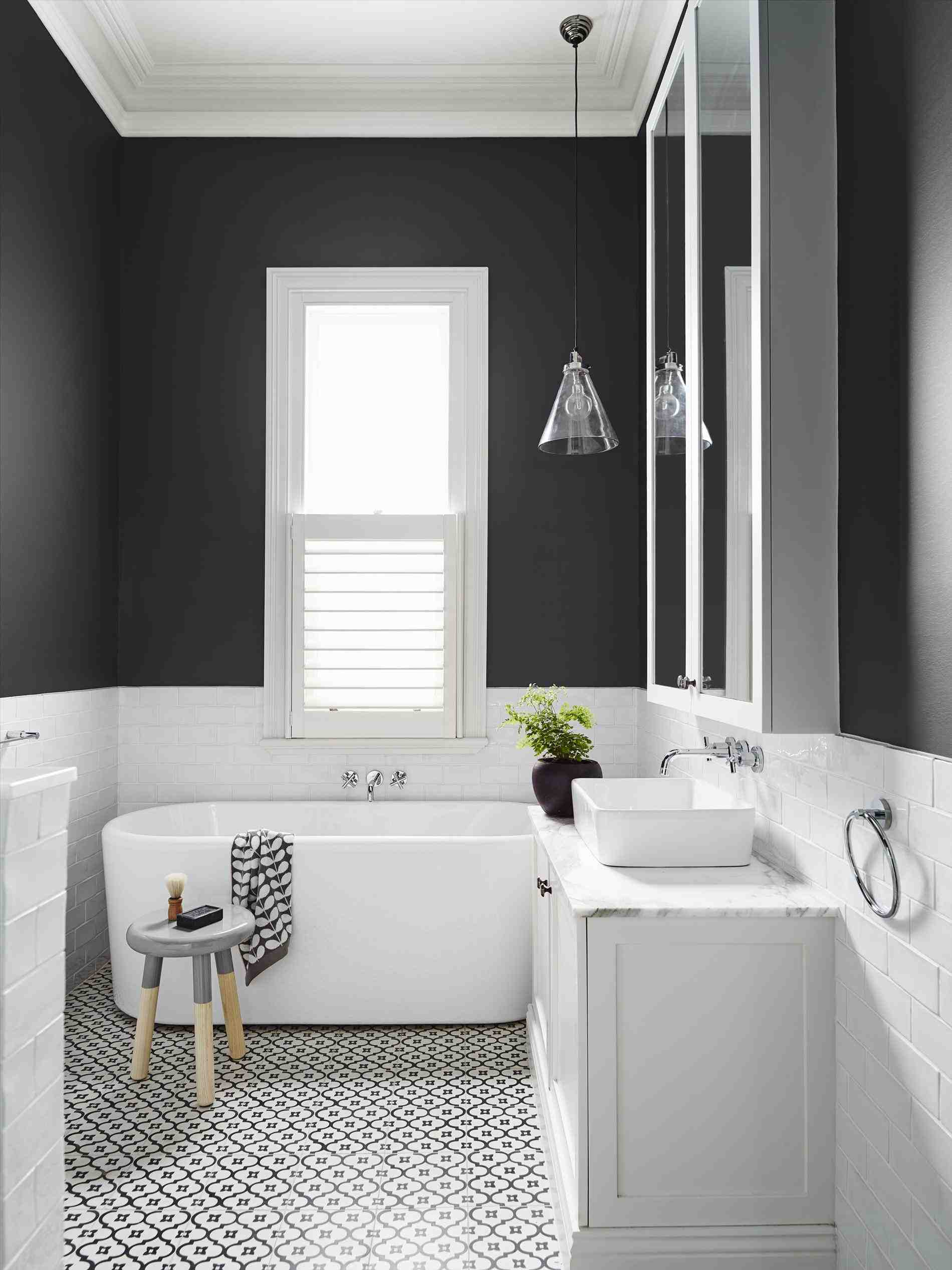 Покраска ванны: подробная инструкция