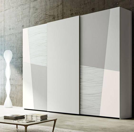 Современные шкафы-купе (89 фото): стильные новинки в прихожую, дизайн шкафа классик и угловых, модные с рисунком в коридор и зал