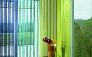 Жалюзи на окна: многообразие конструктивных и дизайнерских решений и материалов для изготовления жалюзи, советы по выбору