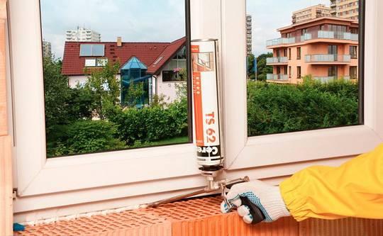 Чем замазывают полиуретановую пену после установки пластиковых окон