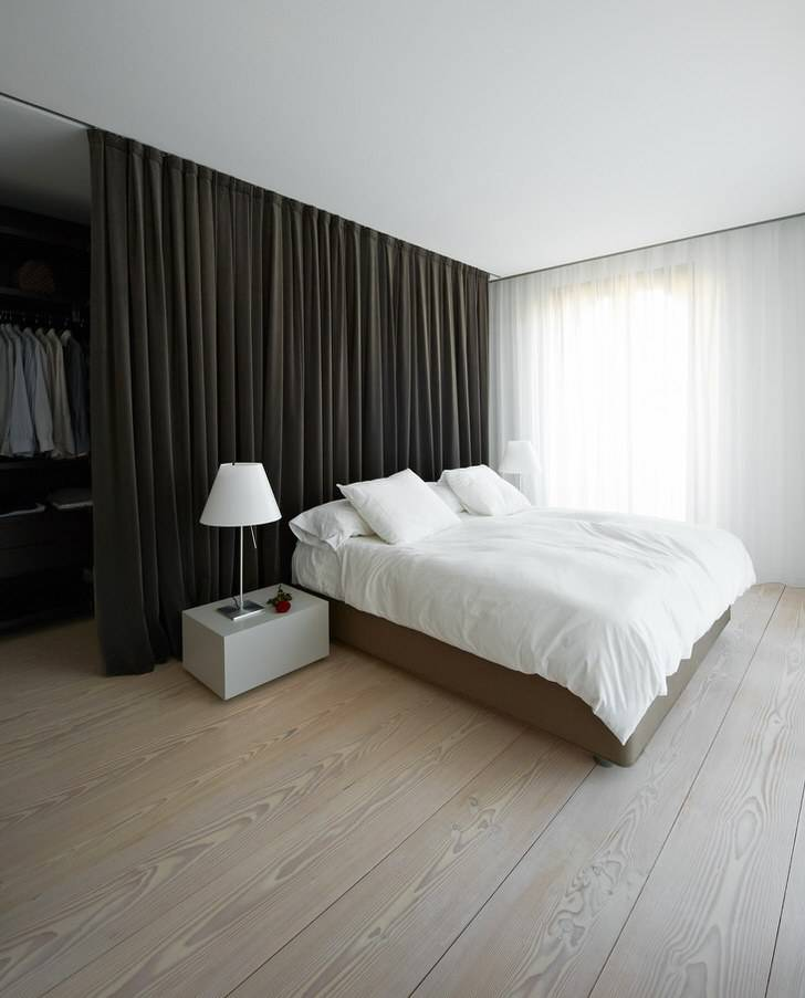 Спальня в стиле минимализм:оформление пола, мебель, аксессуары