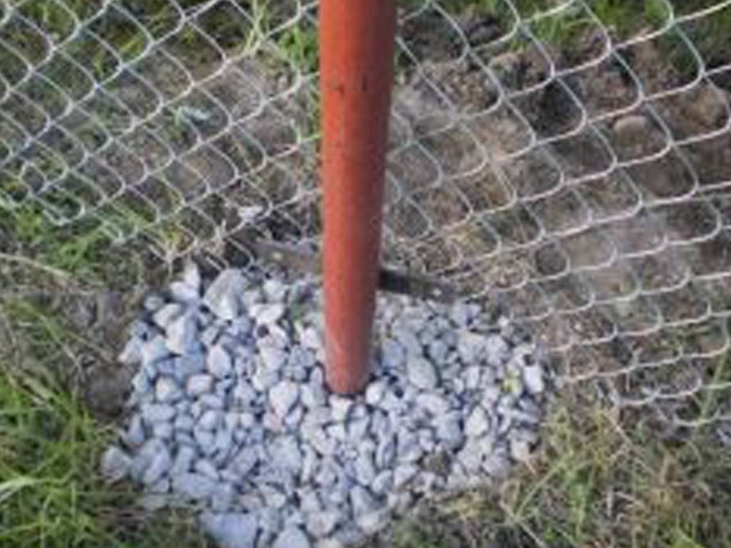 Деревянный забор (133 фото): универсальное ограждение из дерева для частного дома и дачи своими руками