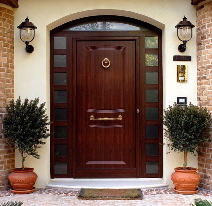 Входные деревянные двери (88 фото): уличные и наружные изделия в дом из массива, двухстворчатые модели из дерева в квартиру