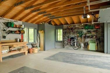 Дизайн гаража в частном доме: красивый и удобный интерьер внутри и снаружи своими руками, планировка, как сделать ремонт, фото-материалы