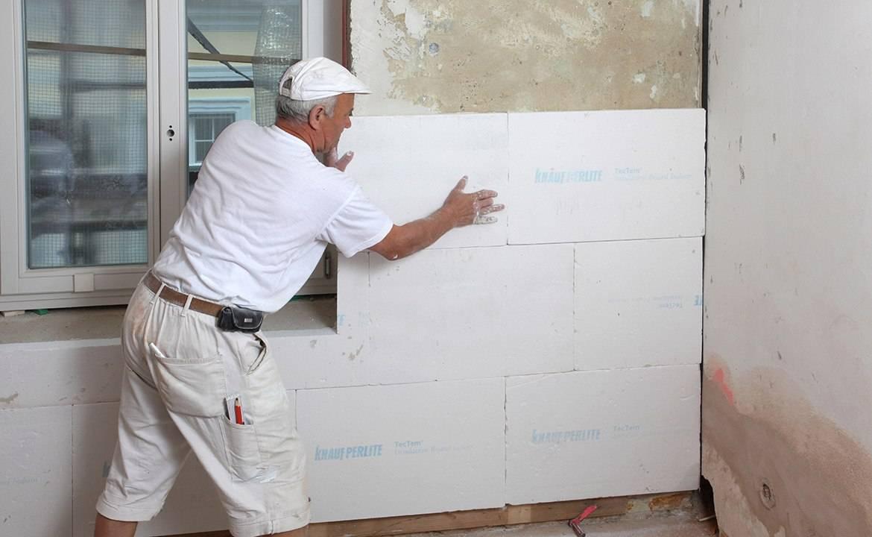 Как надежно утеплить стену изнутри в угловой квартире— материалы и технология