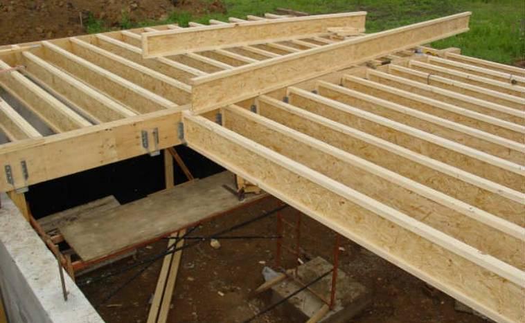 Деревянные балки перекрытия: расчёт расстояния, шага, сечения