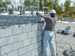 Кладка стен из керамзитобетонных блоков: технология, особенности, способы.