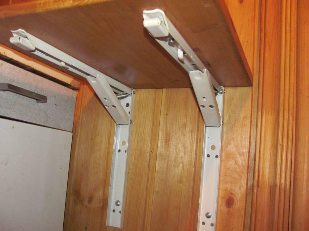 Откидной столик на балкон (49 фото): стол раскладной и складной, как сделать своими руками