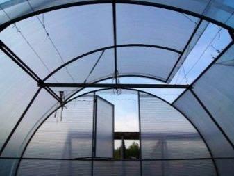 Теплица с открывающейся крышей (51 фото): особенности раздвижных конструкций и отзывы о вариантах с открывающимся верхом, парник из поликарбоната со сдвижной крышей