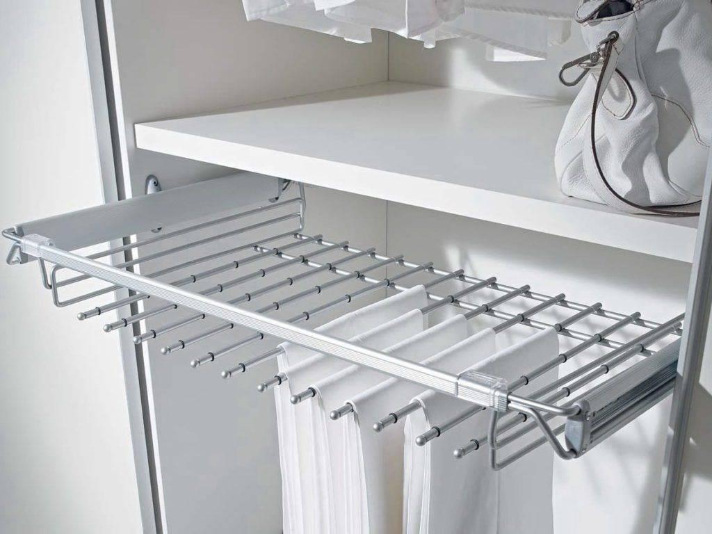 Брючница выдвижная для шкафа ее назначение, а также плюсы и минусы