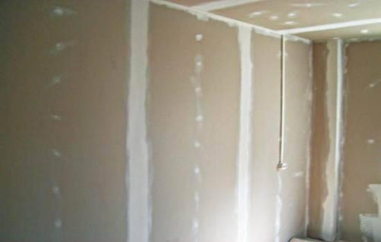 Как выровнять стены в ванной под плитку — рассмотрим суть